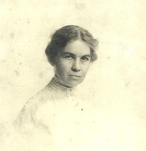 Edna Mae Carter, circa ... 1900?