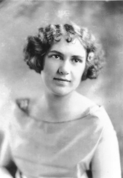 Beth Eno (later Rust), circa 1918 (?)